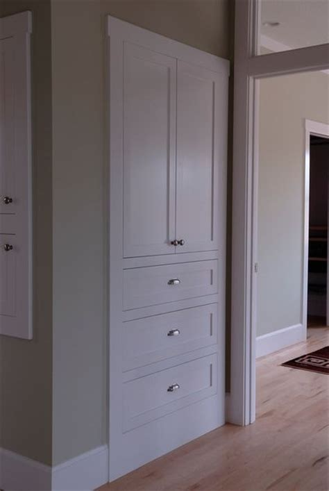 Built In Closet Doors 25 Best Ideas About Linen Closets On Pinterest Bathroom Ideas Master Bath Remodel And