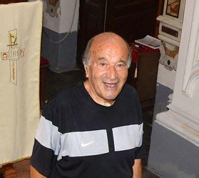 libreria alba fisciano addio a don luigi zoccola il prete amato da tutti