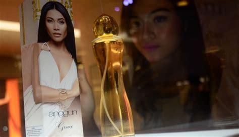 Parfum Anggun Grace anggun c sasmi luncurkan parfum bermerek namanya foto