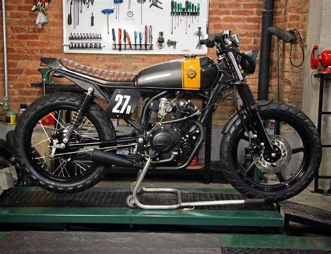 ybr  cafe racer bendita macchina customhane