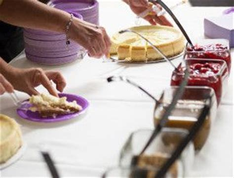 Cheesecake Toppings Bar by 1000 Ideas About Wedding Cheesecake On