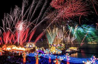 river hongbao | things to do in singapore