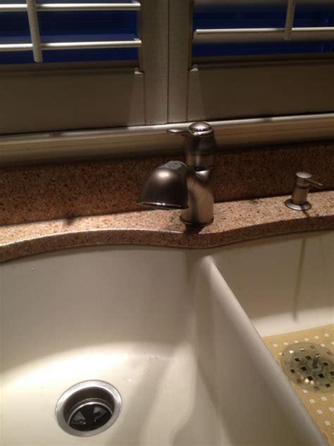 do quartz sinks stain granite quartz composite kitchen sinks home depot heat