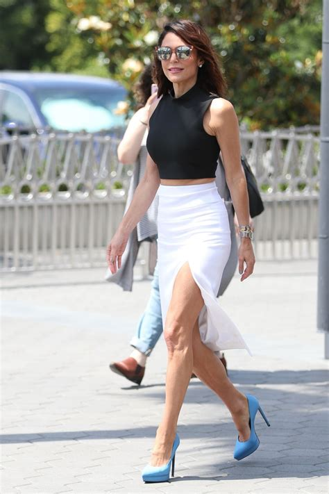 bethenny frankel bethenny frankel arrives on the set of extra in hollywood