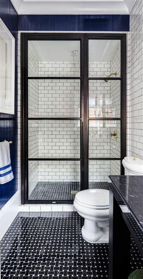 Badezimmer Fliesen Weiß Glänzend by Ideen Streichen