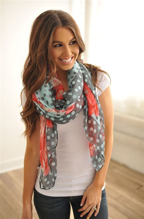 how to tie a scarf with 5 different styles
