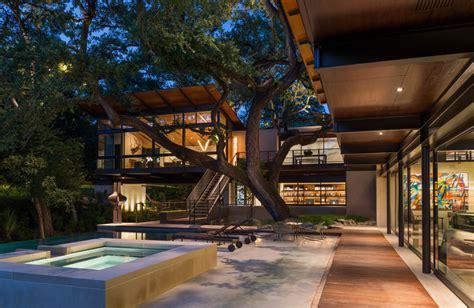 modern retreat   ravine built  heritage oak
