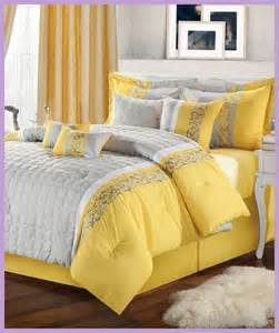Home Design Comforter by Home Design Comforter Home Design Home Decorating