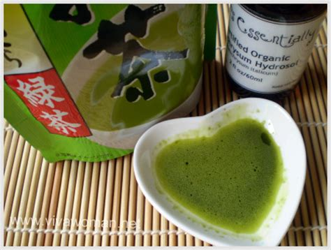 Masker Green Tea diy matcha mask i just put a matcha powder in my and add drops of water till