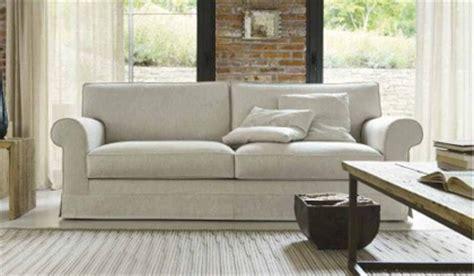 divani bianchi divani bianchi classici idee per il design della casa