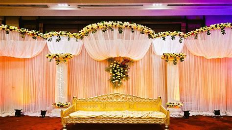Simple Stage Decoration Ideas   Elitflat