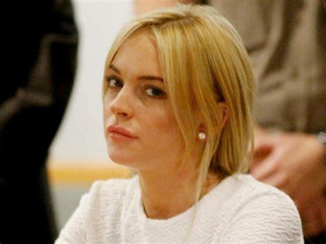 Lindsay Lohan Is A Stalker by Lohan Gets Restraining Order Against Alleged Stalker Ny