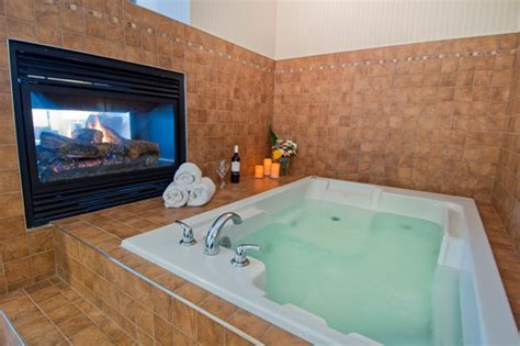hotels with tubs in the room uk langley surrey accommodations comfort inn suites surrey bc hotel surrey bc canada