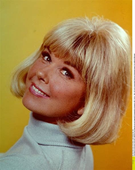 what color is doris days natural hair fair hair care fryzury gwiazd sprzed wielu lat