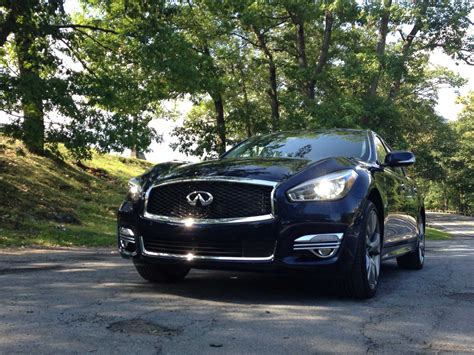 infiniti flagship this infiniti flagship sedan could make tons of in