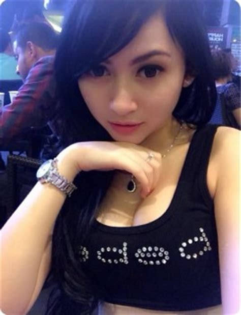 askfm putri thien foto seksi abg cantik selfie toket gede montok gambar