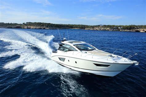 beneteau gran turismo  power boats boats   sale fibreglassgrp  south