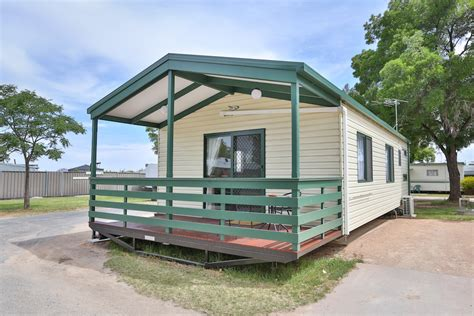 3 bedroom cabin 3 bedroom cabin all seasons holiday park mildura