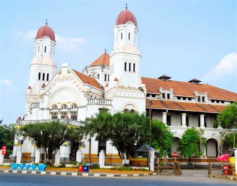 Dutch Colonials history and mystery of lawang sewu in semarang indonesia