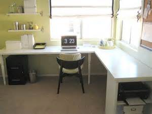 Diy Desk L Diy Desk From Doors Office And Organizational Tips