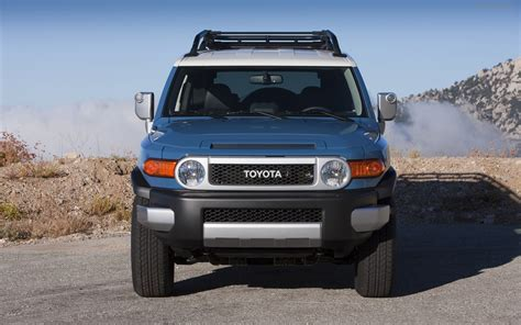 2012 Toyota Fj Cruiser Toyota Fj Cruiser 2012 Widescreen Car Picture 13