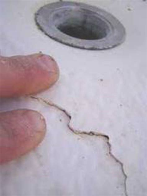 how to repair cracked bathtub bathtub repair