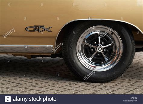 Car Tyres Plymouth by Badge Wheel Tyre Tire Mag 1968 Plymouth Gtx Classic