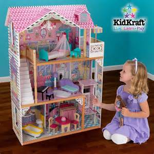 Princess Chandelier 10 Awesome Barbie Doll House Models 10awesome Com