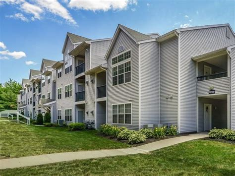 2 bedroom apartments in manchester ct the pavilions apartment homes apartments manchester ct