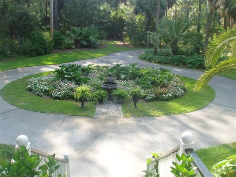 Garden Driveway Ideas Terrific Landscaping Driveway For Activities Outside Of