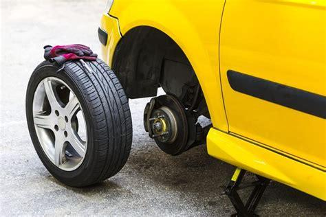Motorrad Reifen Platzt by So Klappt Der Reifenwechsel Motortipps Ch