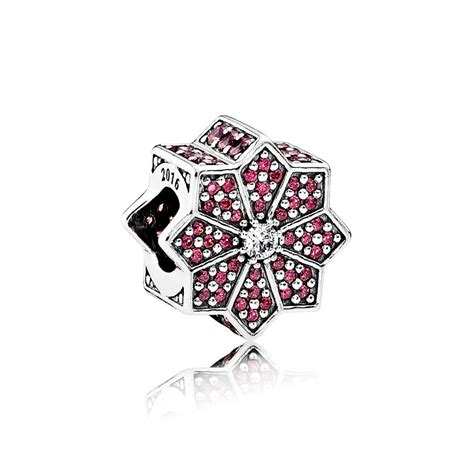 Pandora Charm P 670 pandora poinsettia charm 791989czr greed jewellery