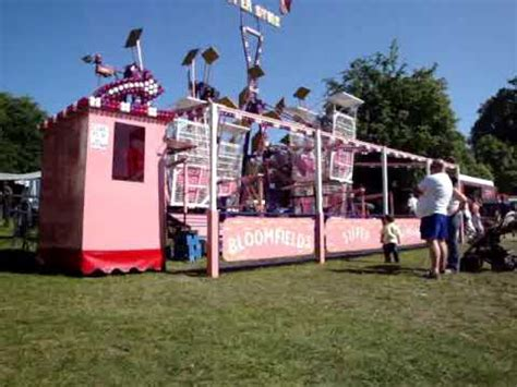 swinging gym carnival ride for sale jamie bloomfield s swinging gyms strumpshaw steam rally