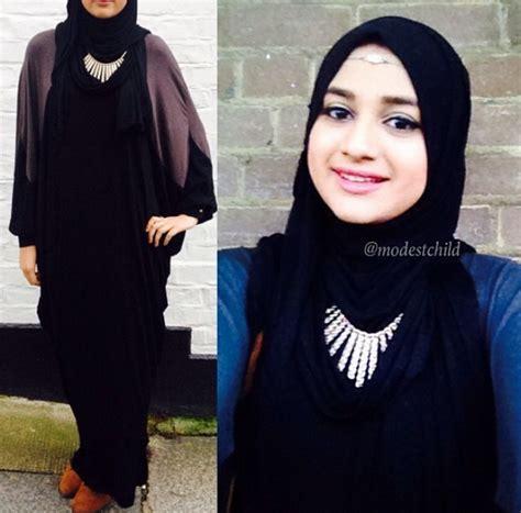 tutorial hijab dengan aksesoris kalung gaya feminin hijaber london dream co id