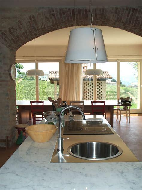 arredamento cascina arredamento di una cucina in una cascina ristrutturata