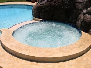 pool reinigen hausmittel whirlpool reinigen hausmittel schwimmbad und saunen