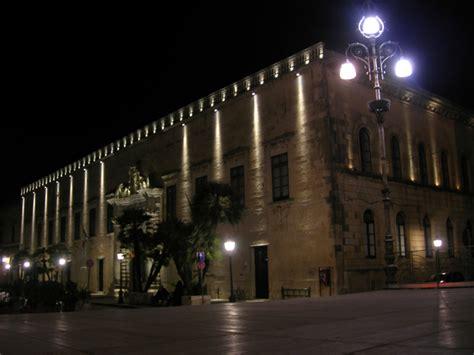 illuminazione palazzi storici maglie della ribalta prasadesign