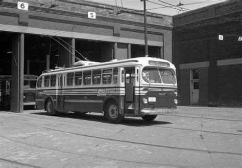toronto trolleys and buses on 1000 images about tpl history toronto transit commission