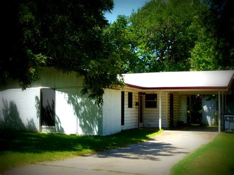 austin houses dawson austin homes for sale and neighborhood guide