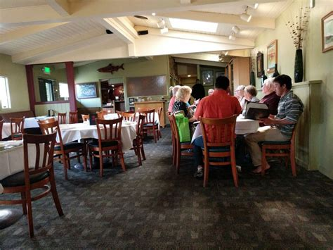 fish house grill very nice white linen tables clean and fresh yelp