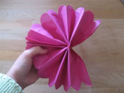 Learn How To Make Paper Flowers - feeling fuzzy learn to make paper flowers