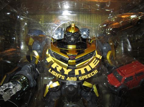 Robot Warrior Bumble Bee Limited in package images of costco exclusive transformers limited