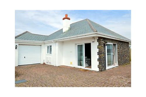 padstow cottages late deals