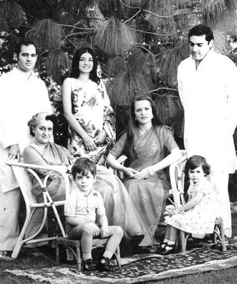 gandhi biography family indira gandhi first female prime minister of india