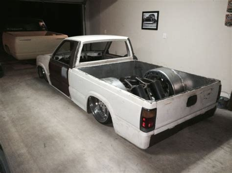 Mazda B2200 Bagged for sale: photos, technical ... Bentley For Sale In Texas