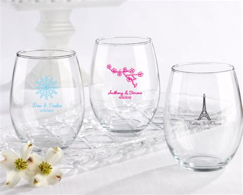 Wedding Favors Wine Glasses by What Are The Most Common Wedding Favors