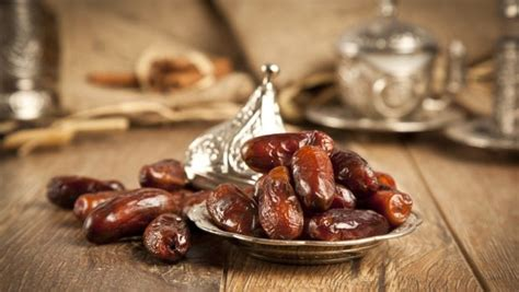 Ramadan 2017: The Significance of Dates (Khajur) in the