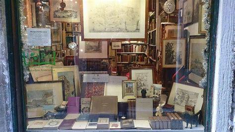 libreria antiquaria venezia 10 librerie antiquarie da visitare in italia leggere facile