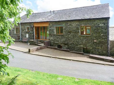 s nest friendly cottage in keswick the