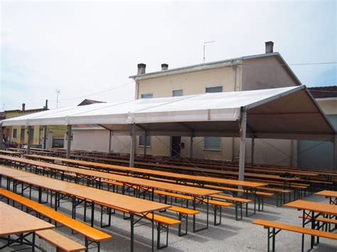 noleggio tavoli e sedie per feste noleggio tendoni per feste sagre ed eventi tendostrutture